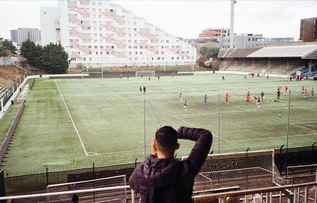 Le premier atelier de la nouvelle promo d'Analog Sport s'est déroulé en mars au stade Bauer de Saint-Ouen.
