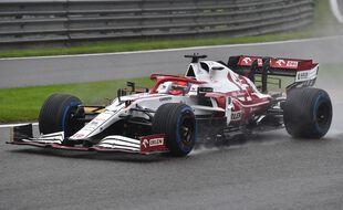 Kimi Räikkönen au volant de sa formule 1 lors du Grand Prix de Belgique, le 29 août 2021.