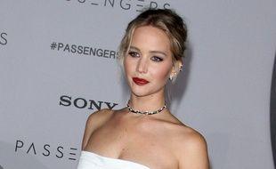L'actrice Jennifer Lawrence à l'avant-première de Passengers à Los Angeles
