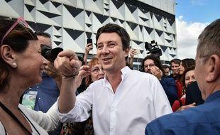Le candidat LREM aux élections municipales de Paris, Benjamin Griveaux, arrive au campus des territoires de La République en marche à Bordeaux.