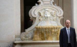 L'Italie a emprunté lundi 6 milliards d'euros à moyen et long termes à des taux en nette baisse, au lendemain de l'entrée en piste d'un nouveau gouvernement de coalition sous la houlette du chrétien-démocrate Enrico Letta.
