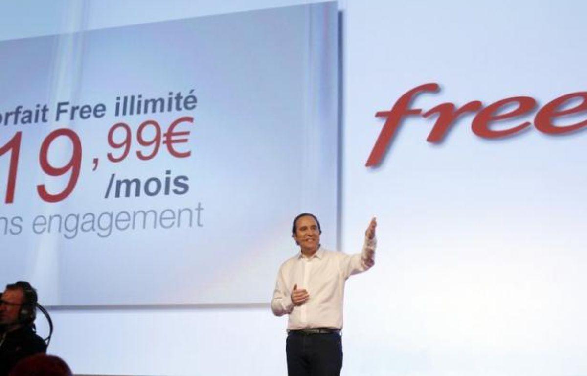 """L'association UFC-Que Choisir a annoncé mercredi qu'elle assignait les dix grands opérateurs télécoms français devant le tribunal de grande instance de Paris, pour les """"clauses abusives"""" contenues dans leurs offres mobiles dites """"illimitées"""". – Thomas Coex afp.com"""