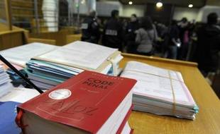 Le procès se tient pendant trois jours devant la cour d'assises du Maine-et-Loire, à Angers.