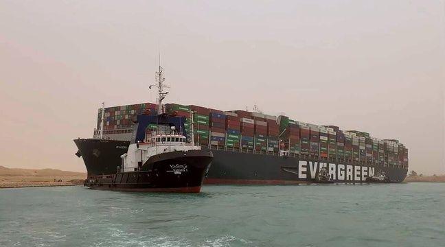 Blocage du canal de Suez : L'Egypte demande 900 millions de dollars de dédommagements, le navire saisi