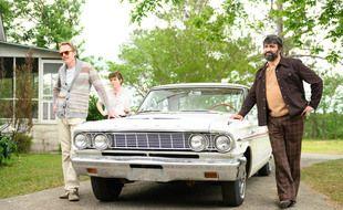 Paul Bettany,  Sophia Lillis et Peter MacDissi dans «Uncle Frank» d'Alan Ball
