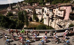 Le Tour de France, c'est aussi le Tour de la France.