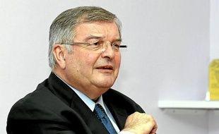 Des perquisitions ont été menées au conseil général du Rhône, qui a été président par Michel Mercier.