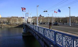 A Lyon sur le pont Morand.