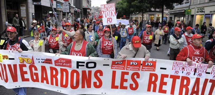 Manifestation  contre le nouveau régime des retraites. Le 23 05 2008