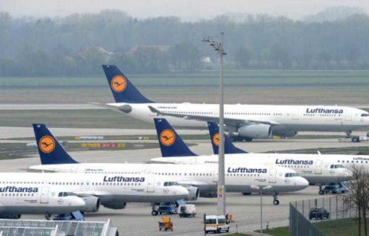Des avion de la compagnie allemande Lufthansa, à l'aéroport de Munich le 4 avril 2014 – Chritof Stache AFP