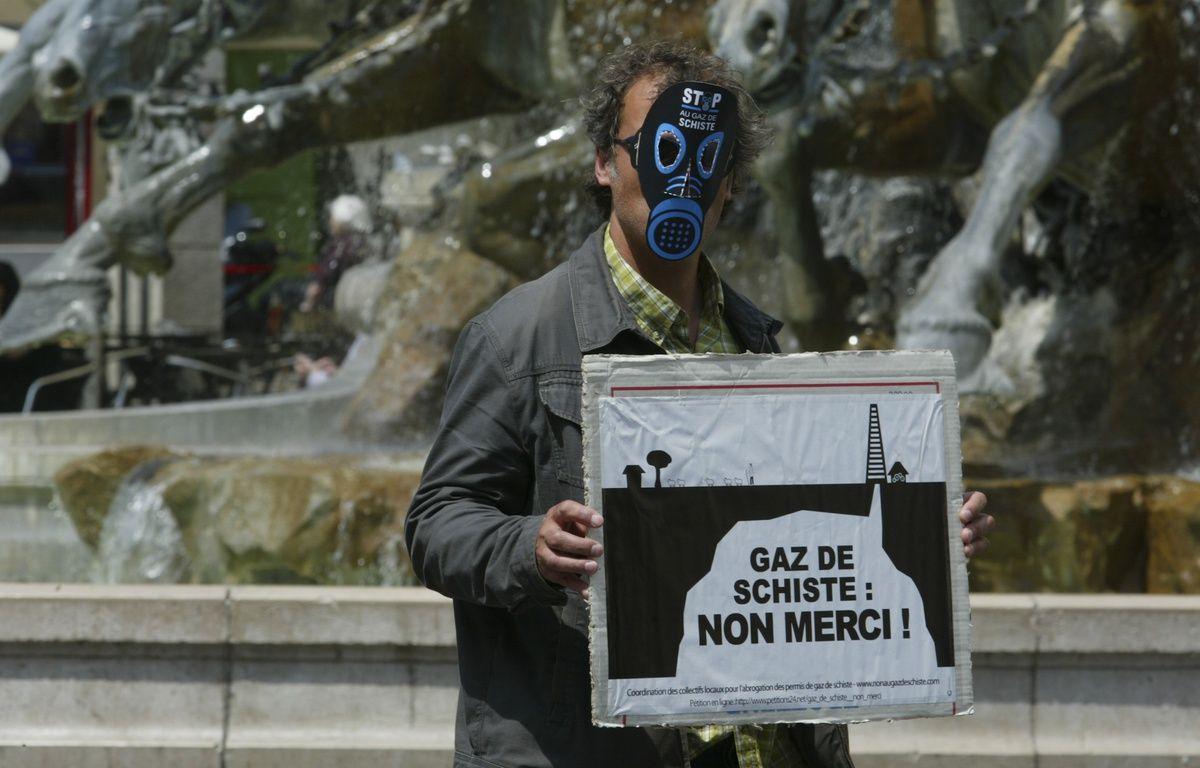 Un manifestant contre le gaz de schiste  – C. VILLEMAIN / 20 MINUTES