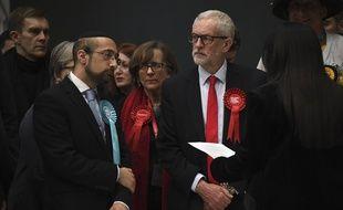Jeremy Corbyn a été sévèrement battu ce jeudi