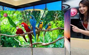 Un téléviseur OLED 55 pouces de LG, qui s'affiche à 4 mm d'épaisseur.
