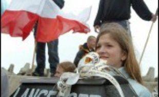 """A l'initiative de l'extrême droite ultra-catholique, les députés polonais ont commencé à débattre jeudi de l'inscription dans la Constitution d'un droit à la vie """"dès la conception"""", qui pourrait entraîner l'interdiction absolue de l'avortement."""