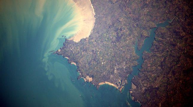 Saint-Malo et la plage du Sillon photographiés par l'astronaute français Thomas Pesquet en avril 2017. – Thomas Pesquet