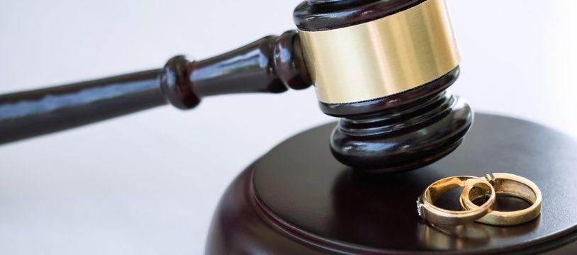 Lors d'un divorce, le juge peut attribuer une prestation compensatoire à l'époux qui se retrouve en difficulté du fait de cette séparation.