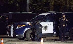 Des policiers au festival de Gilroy, en Californie, où s'est déroulée une fusillade le 29 juillet 2019