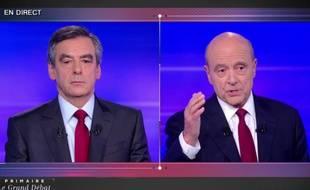 François Fillon et Alain Juppé, lors du dernier débat de la primaire à droite.