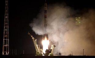 Décollage du vaisseau spatial Soyouz, le 27 mars 2015 à Baïkonour (Kazakhstan)