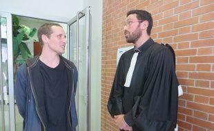 Johan Rogel accompagné par son avocat Benjamin Francos.