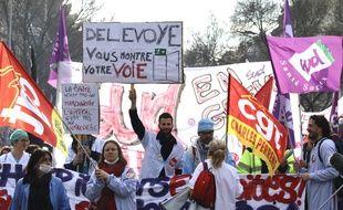 Manifestation contre le projet de réforme des retraites, le 17 décembre à Bordeaux.