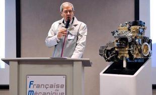 PSA Peugeot Citroën espère faire tourner dès l'an prochain à pleine capacité la ligne de production de son nouveau moteur essence produit à Douvrin (Pas-de-Calais), a indiqué mardi son directeur industriel lors de l'inauguration.