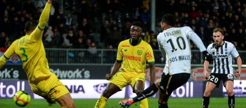 Le but de Fulgini pour Angers à la dernière minute.