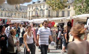Illustration de foule ici à la braderie de Rennes.