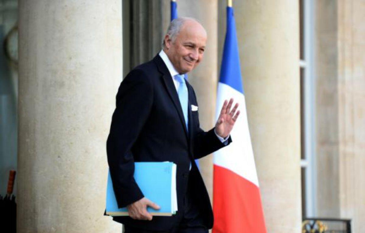 Laurent Fabius à la sortie du conseil des ministres le 10 février 2016 à l'Elysée à Paris – STEPHANE DE SAKUTIN AFP