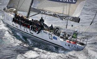 Un jury international a confirmé jeudi la victoire du super-maxi australien Investec Loyal dans la course à la voile en équipages Sydney-Hobart, face à son compatriote Wild Oats XI, malgré le dépôt d'une réclamation.