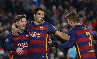 La joie de Messi, Suarez et Piqué lors de large victoire du Barça contre la Roma (6-1) en Ligue des champions, le 24 novembre 2015.