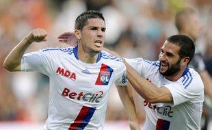 Jérémy Pied, ici en septembre 2010, a pu disputer 40 matchs de Ligue 1 avec l'OL entre 2010 et 2012, notamment aux côtés de Lisandro Lopez.