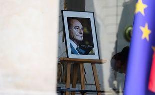 Une photo de l'ancien président Chirac.