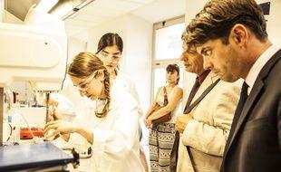A Grasse, Cyrielle Diefoldo et Hedia Hadj-Abdallah, 23 et 24 ans, ont créé des cosmétiques à base de miel.