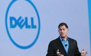 Le milliardaire américain Carl Icahn a annoncé lundi qu'il renonçait à combattre le plan de reprise du fabricant informatique américain Dell par son patron et co-fondateur Michael Dell.