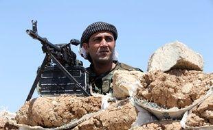 Un combattant kurde Peshmerga.