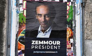 Le CSA demande aux médias audiovisuels de décompter les interventions d'Eric Zemmour comme n'importe quelle autre personnalité politique.