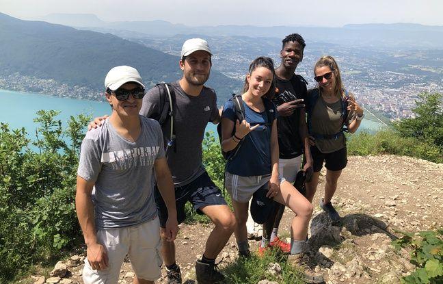 Jomah-Khan et Sikou ont partagé avec Vincent, Clélia et Camille de Yambi une randonnée jusqu'au Mont Veyrier, le 17 juin.