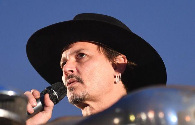 Johnny Depp ne veut plus parler de sa santé... Clara Morgane dévoile (déjà) son calendrier 2019...