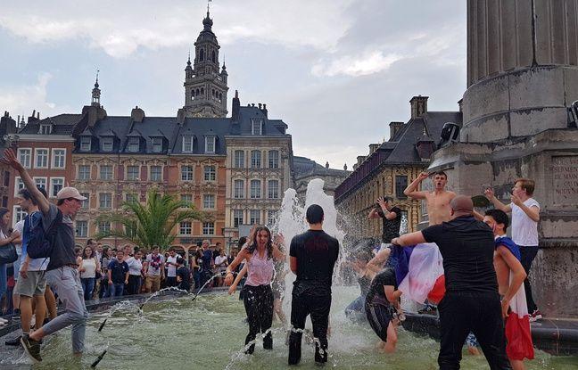 Lille fête la victoire des Bleus face à l'Uruguay.