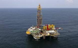 Une plateforme offshore de la compagnie Tullow Oil au large de la Guyane française, en 2011.