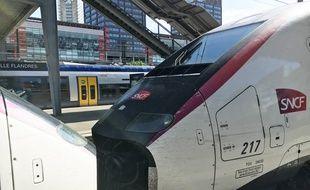 Lille, le 15 mai 2017 - TGV SNCF en gare de Lille Flandres