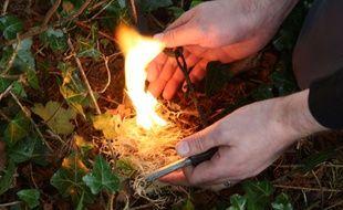 Savez-vous faire du feu en pleine nature? Il va falloir vous y mettre...