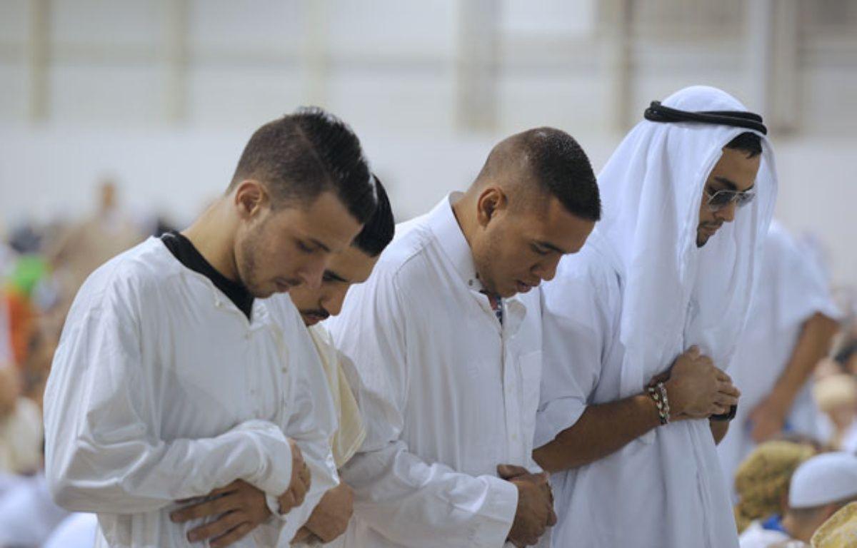 Des Français musulmans au cours d'une prière à Marseille. – B.HORVAT / AFP