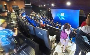 La salle 5D est équipée de 132 sièges