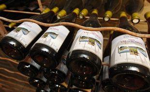 Illustration de bouteilles de vin.