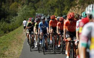 Le peloton du Tour de France lors de la 14e étape, le 12 septembre 2020.