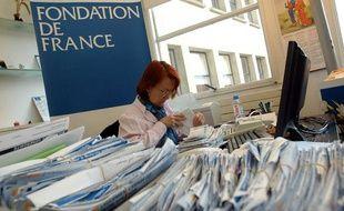 Collecte de dons à la Fondation de France.