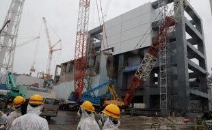 L'accident de Fukushima a beau être un drame dont se sentent responsables les Japonais, la sagesse voudrait qu'ils acceptent davantage l'aide des étrangers, estiment des experts en poste à Tokyo.