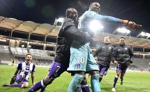 Le gardien du TFC Ali Ahamada mercredi soir, en Coupe de la Ligue, face à Auxerre.   AFP PHOTO / PASCAL PAVANI